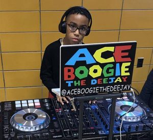 Kids Silent Disco and Parents Bottomless Brunch Party! - Quiet Events :  Silent Disco Headphone Party